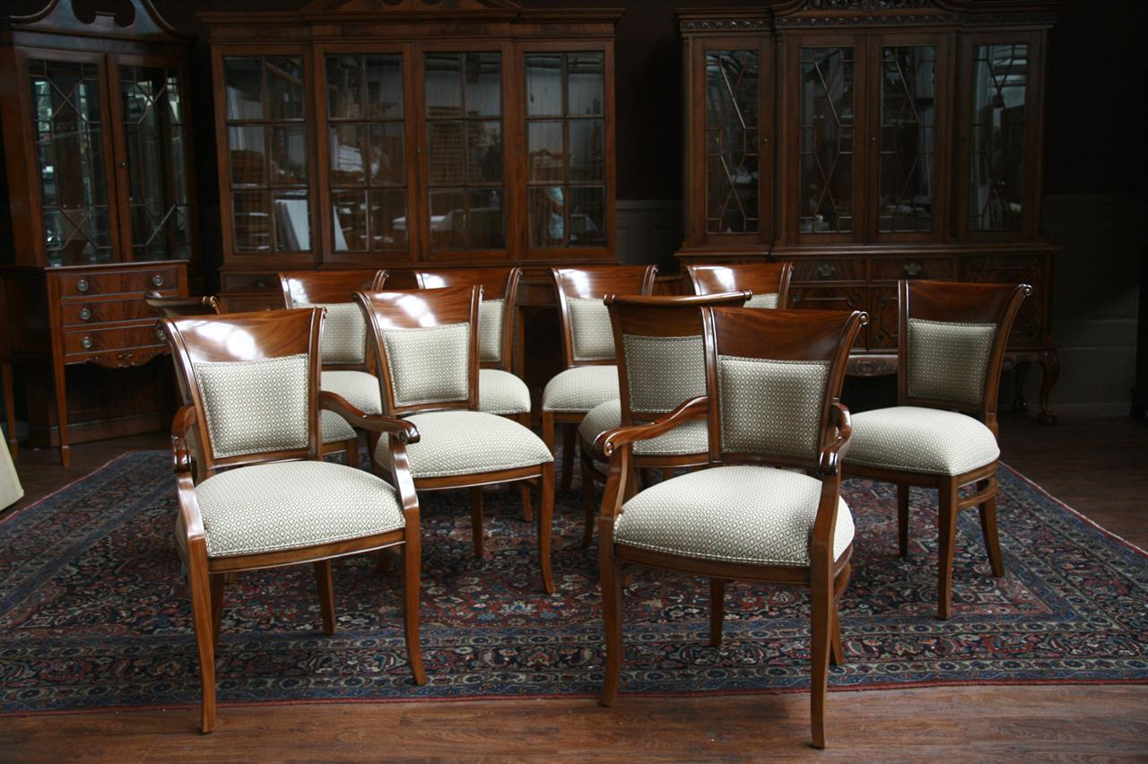 Selecting the Perfect Dining Room Chair - Jordan Furniture